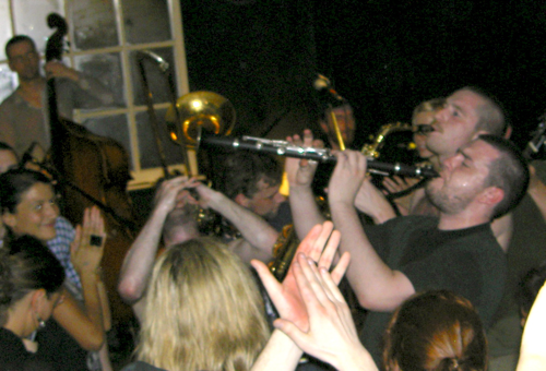 North Strand Klezmer Band - Cobblestone, 25 July, 2008 - Playing with the party animals.