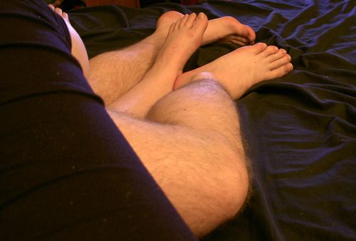 Feet and leg snuggle with kvetch