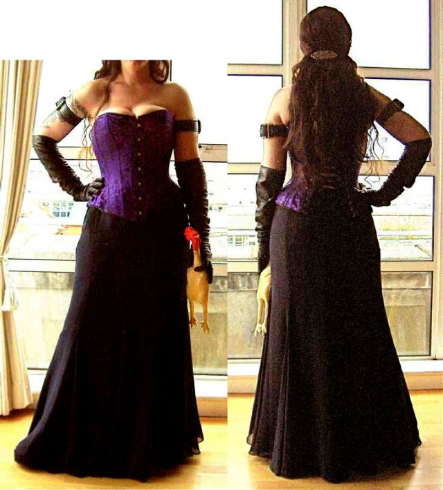 BDSM night - purple corset - long skirt