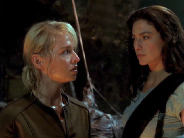 Farscape - Alyssa-Jane Cook and Claudia Black