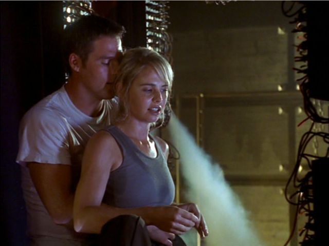 Farscape - Ben Browder and Alyssa-Jane Cook 5