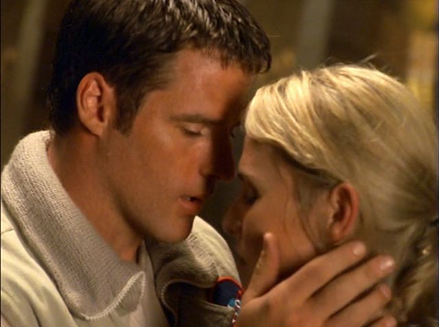 Farscape - Ben Browder and Alyssa-Jane Cook 10
